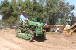 Oliver HG 42: Photos Courtesy of the Roseworthy Agricultural Museum - Roseworthy Agricultural Museum